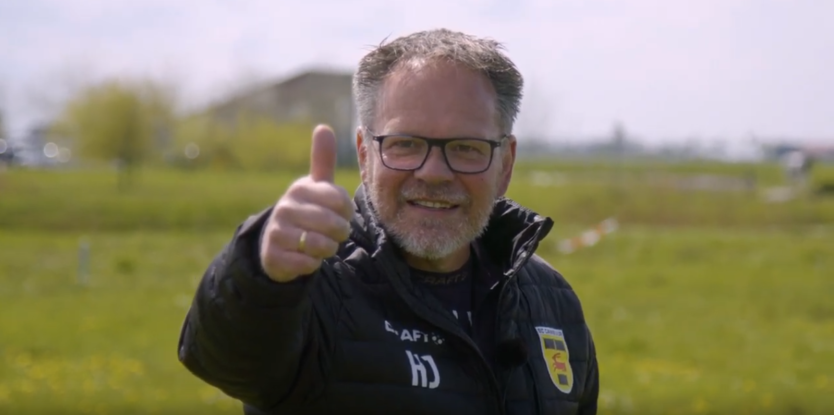Henk de Jong trapt aardwarmteproject in Leeuwarden af